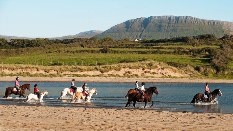 Ireland, Sligo – Trail Ride by the Sea