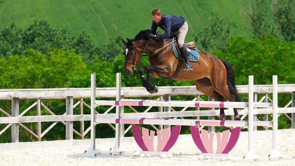 NEW - Exclusive show jumping centre in Italy